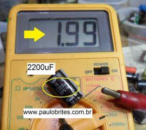 Fig.13 - Medida no capacímetro